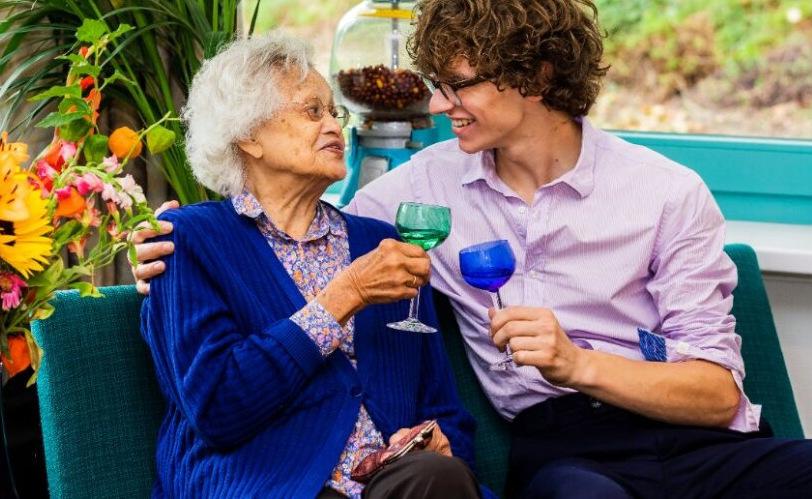 Teun geeft mensen met dementie een stem